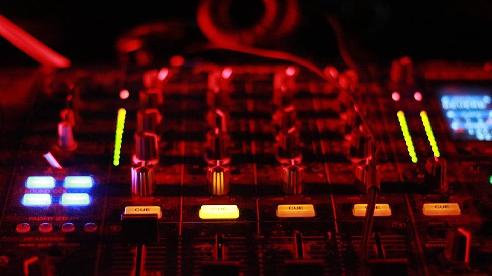 mixer-449614_960_720